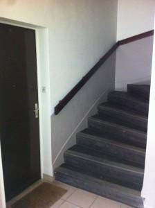 peinture montée d'escaliers EMplois Verts Voiron